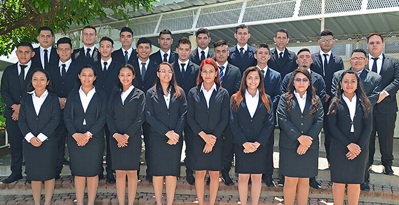 VI Graduación de Ingenieros y la XI de Técnicos de  Centro Regional La Unión