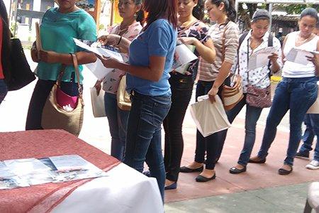 PARTICIPAMOS EN LA FERIA DE EMPLEO EN EL PARQUE SAN RAFAEL OBRAJUELO (2)